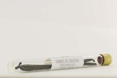 Gousses de vanille bio de Zanzibar, en vente sur notre site Epices Shira