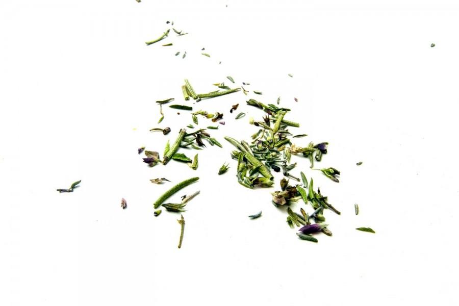 Herbes de Provence bio et sauvages du Languedoc, un mélange créé par Epices Shira