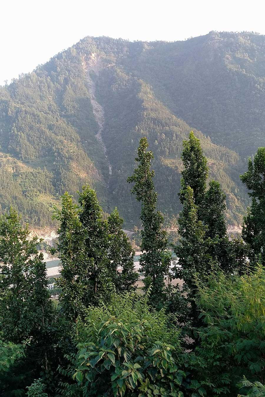 Paysage de la région de Jajarkot, au Népal, photos de Binod Basnet