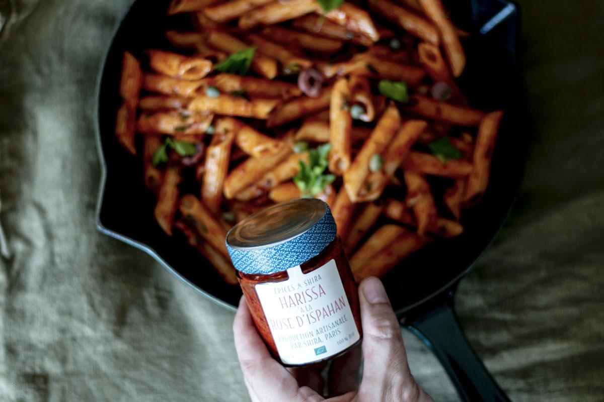 penne alla puttanesca, harissa à la rose d'Ispahan, recette végétarienne, recette vegan, épices biologiques, Épices Shira